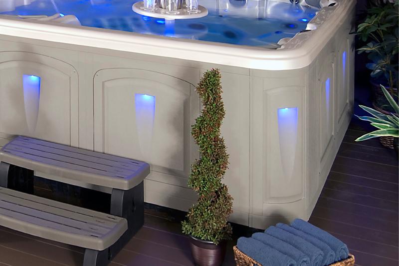 feature-resort-dlx-lighting-lrg-800-lr